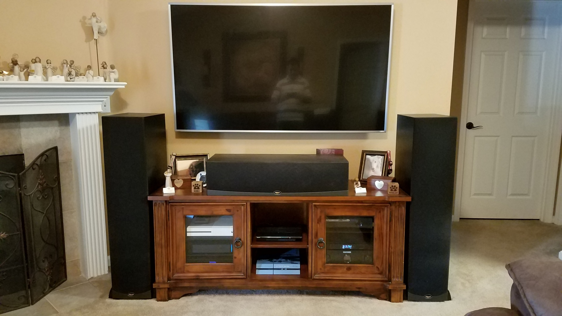 Steve's Home Theater Gallery - HT setup (54 photos)