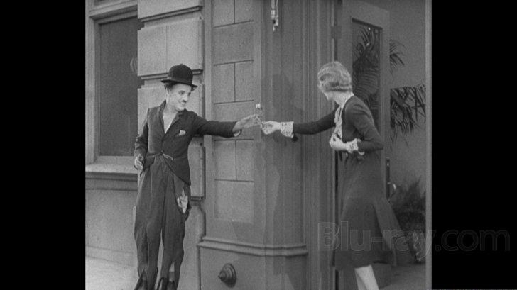 Watch city lights 1931 online dating
